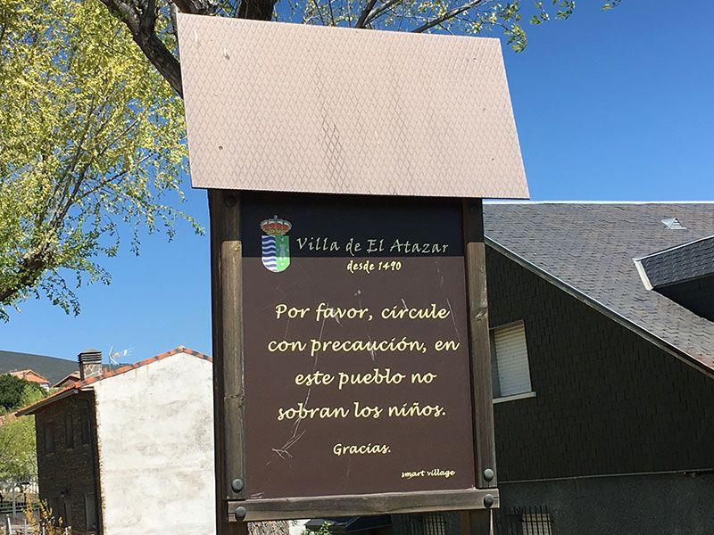 Rutas y pueblos del Embalse del Atazar - Cartel de precaución
