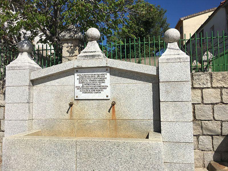 Rutas y pueblos del Embalse del Atazar - Fuente en Robledillo de la Jara