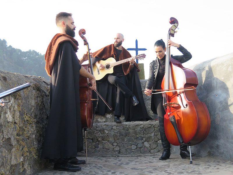 San Juan de Gaztelugatxe - Músicos