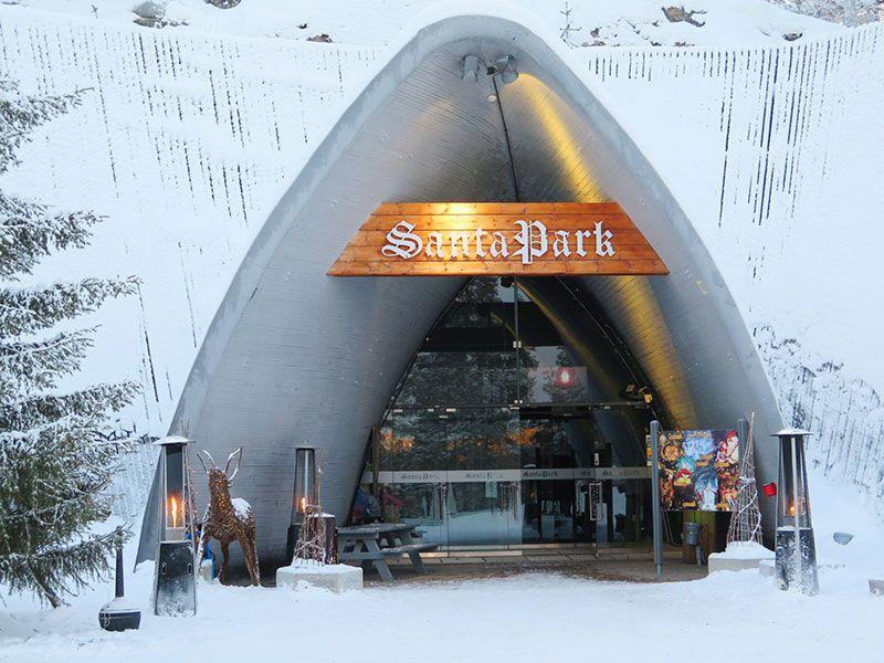 Santa Park - Cueva de los elfos de Papa Noel - Rovaniemi - Entrada