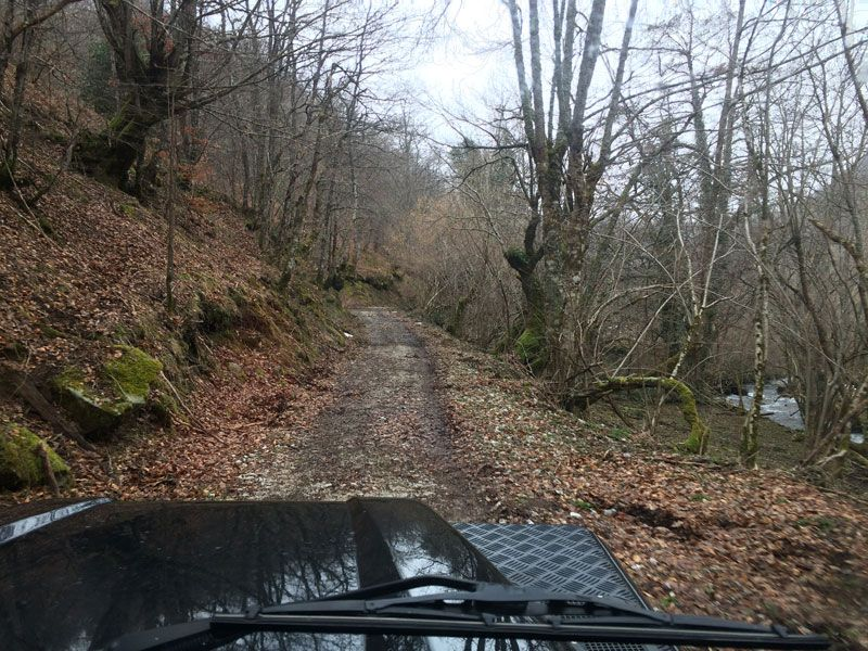 Senda por mitad del monte - Ruta 4x4 por los Picos de Europa