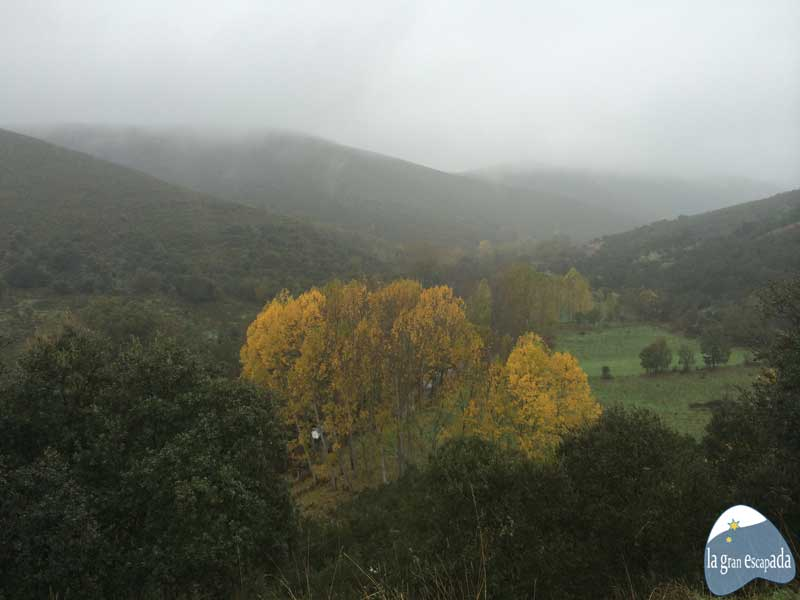 Paisajes de camino a Rihonor de Castilla - Rio de Onor