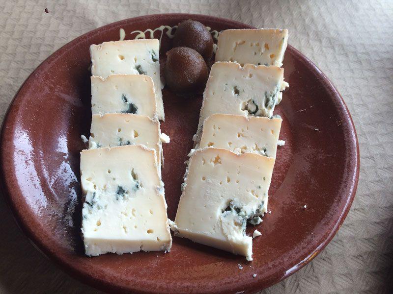 Tabla de queso La Peral en La Cabraliega - Arenas de Cabrales