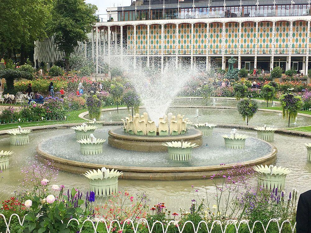 Parque de Atracciones Tivoli - Copenhague - Fuente