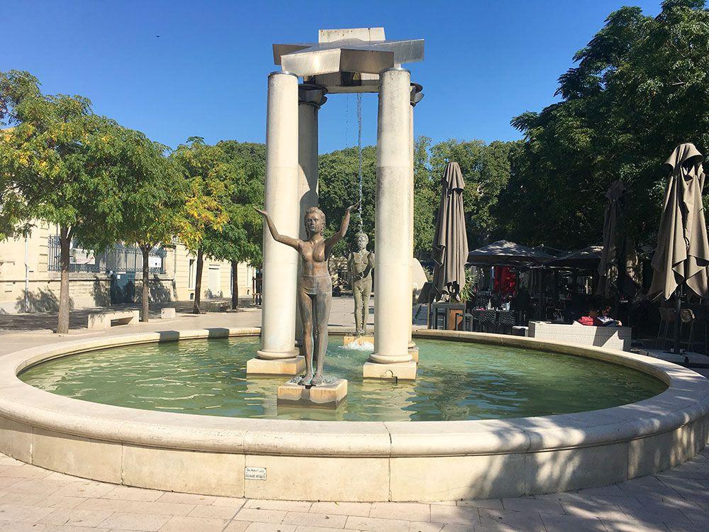 Escapadas en tren desde Barcelona al Sur de Francia - Nîmes - Plaza d'Assas