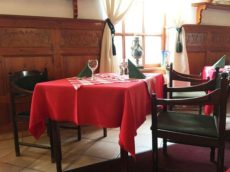 Tren de los Niños - Budapest - Mesa del restaurante