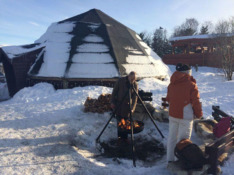 Trineo de perros en Tromsø - Fuego Sami