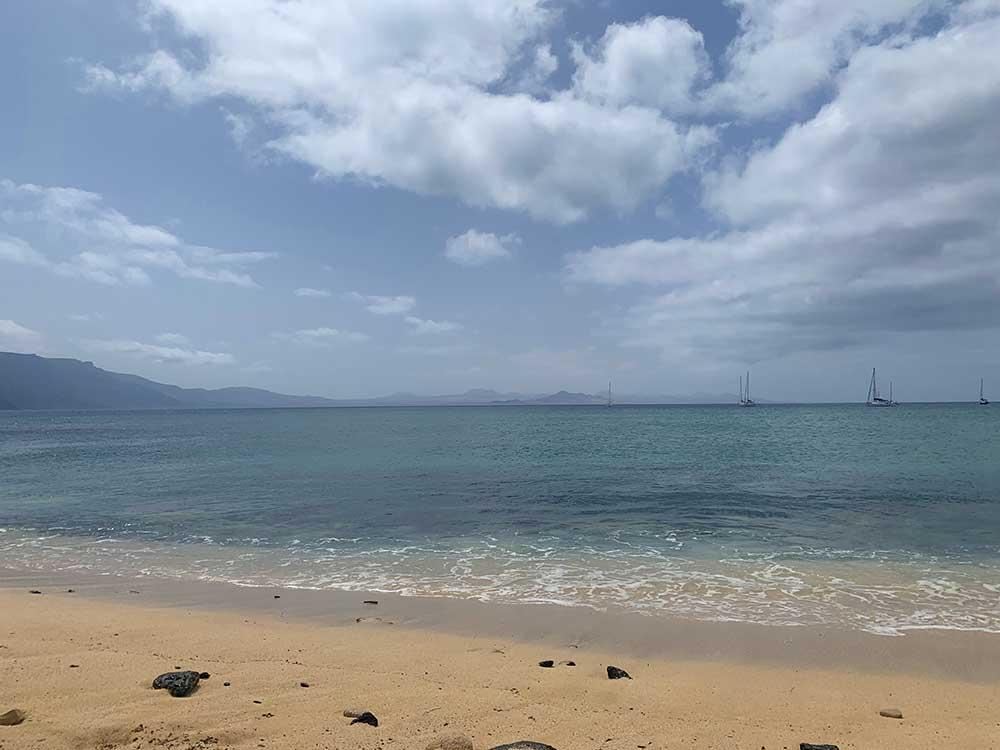El Atlántico visto desde la Playa de La Francesa