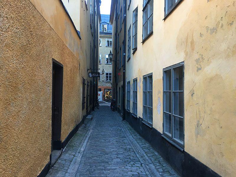 Un paseo por Gamla Stan - Estocolmo - Calle estrecha