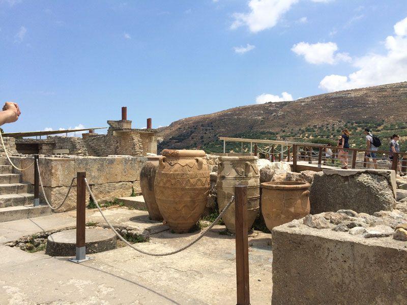 Vasijas originales en el Palacio de Knossos