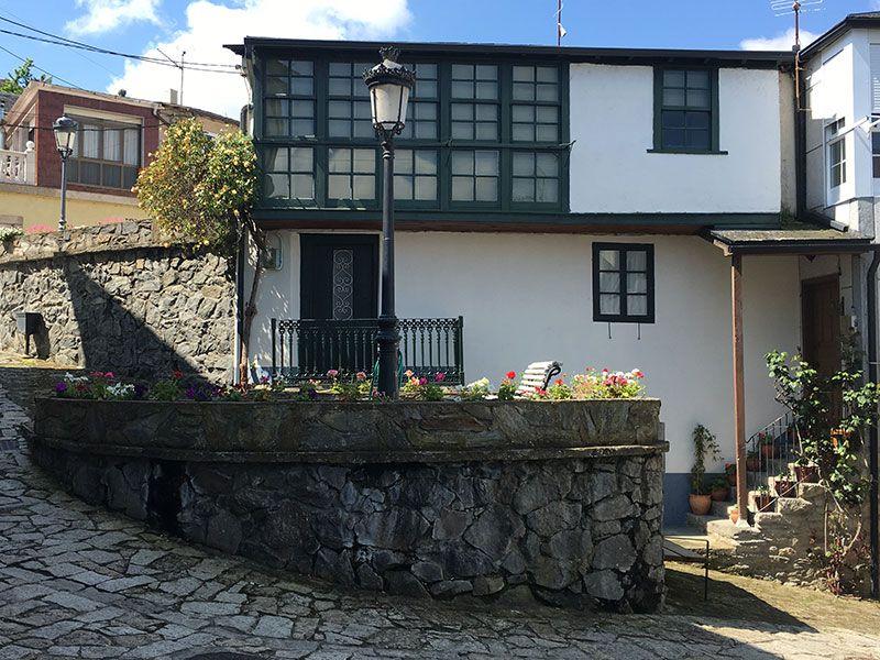 Villa medieval de Manzaneda - Trives - Vivienda restaurada