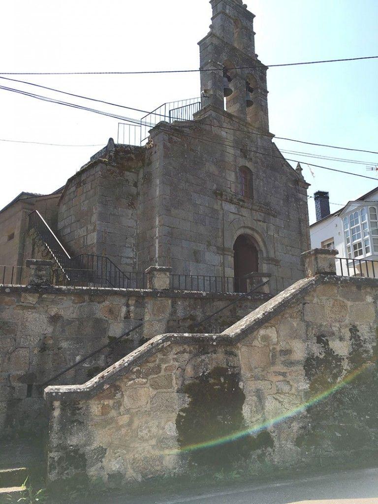 Villa medieval de Manzaneda - Trives - Iglesia