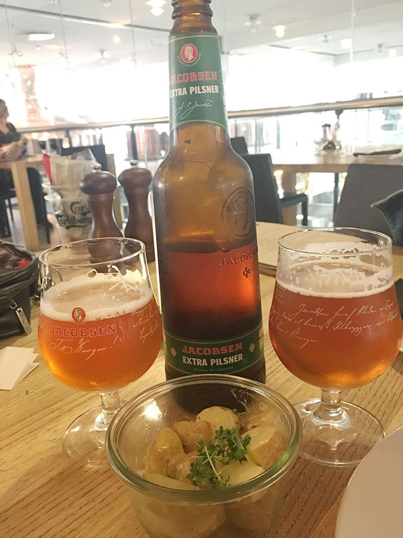 Visita a la fábrica Carlsberg - Copenhague - Degustación cerveza Jacobsen