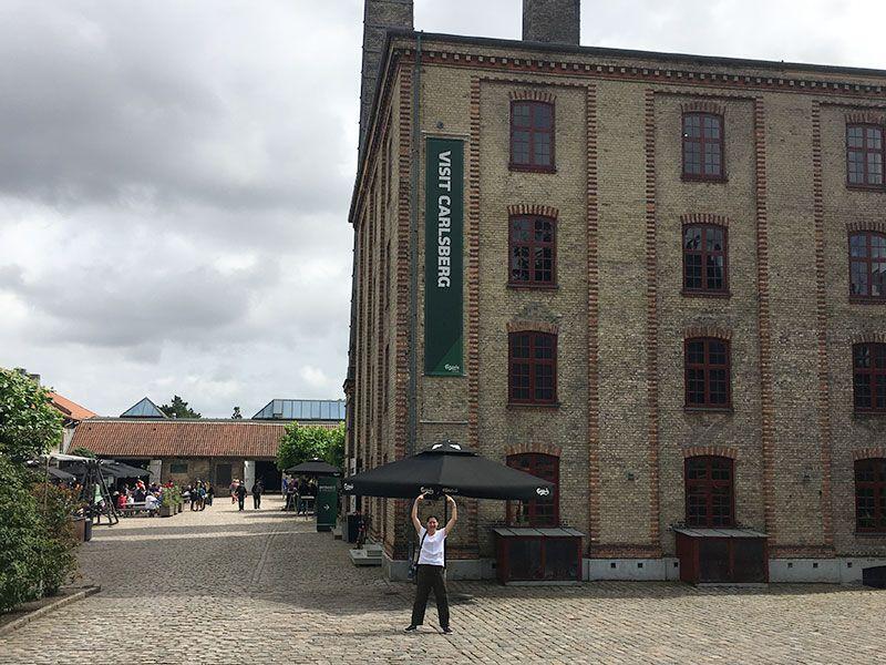 Visita a la fábrica Carlsberg - Copenhague - Llegada al edificio