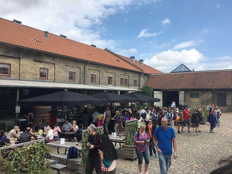 Visita a la fábrica Carlsberg - Copenhague - Exteriores del recinto