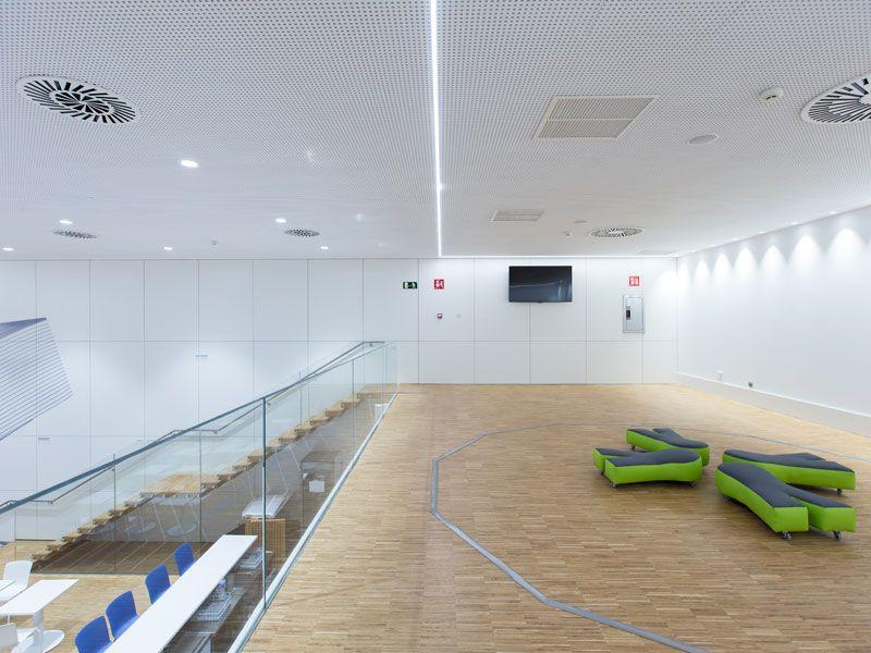 Windobona Madrid - Primer túnel de viento de Madrid capital - Sala de audivisuales y entrenamiento