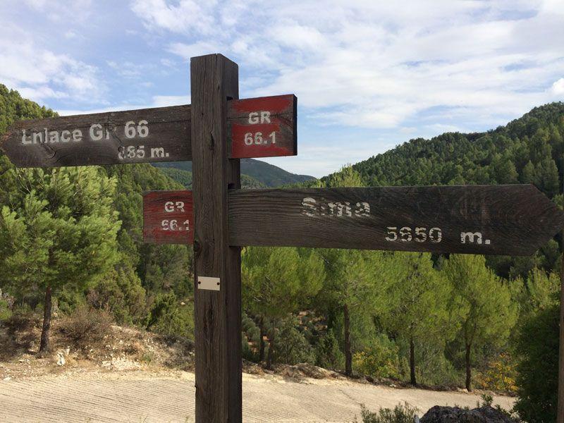 Yeste turismo rural - Indicaciones de rutas de senderismo